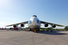 Antonov ένας-124 αεροπλάνο μεταφοράς εμπορευμάτων Στοκ Φωτογραφία