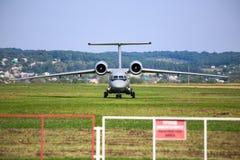 Antonov ένας-72 αεροσκάφη αεριωθούμενων αεροπλάνων Στοκ εικόνες με δικαίωμα ελεύθερης χρήσης