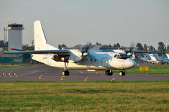 Antonov ένας-24 επιβάτης αεροπλάνου Στοκ Εικόνα