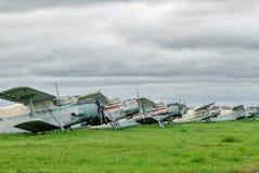 Antonov-2 αεροπλάνα στο χώρο στάθμευσης Στοκ Εικόνες
