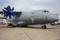 Antonov een-70 bij de Lucht van Parijs toont Royalty-vrije Stock Foto