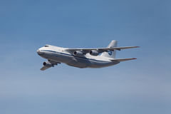 Antonov An-124-100 Ruslan Photo stock