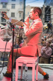 Antony Strong fotografiert Publikum auf ihrem eigenen Konzert Lizenzfreies Stockbild