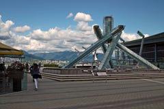 Antorcha de 2010 olimpiadas de invierno, Vancouver A.C. Canadá fotografía de archivo