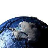 Antractic sur terre avec les montagnes exagérées Photos stock
