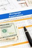 Antrag auf Hypothekendarlehen mit Stift, Banknote Stockbilder
