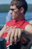 Antreiben eines Bootes Lizenzfreies Stockbild