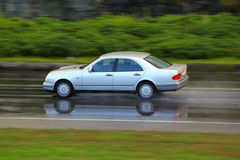 Antreiben am Regen Lizenzfreies Stockfoto