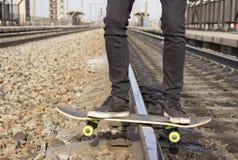 Antrieb auf einem Skateboard stockbild