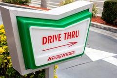 Antrieb Krispy Kreme durch Zeichen stockfotos