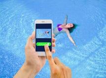 Antriebskraftbild von Frauen im Bikini Stockfoto