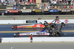 Antron Brown contre Doug Kalitta Photographie stock