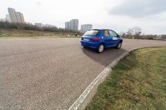 Antseburov και Kapustin στο αγωνιστικό αυτοκίνητο Στοκ Εικόνες
