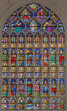 Antuérpia - Windowpane na catedral gótico de nossa senhora fotos de stock royalty free