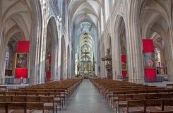 Antwepr - nave da catedral de nossa senhora fotografia de stock