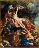Antwerp - avlagring av korset (460x340 cm) från år 1609 - 1610 av Peter Paul Rubens i domkyrkan av vår dam Royaltyfri Bild
