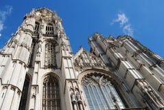 Antwerp domkyrka royaltyfria bilder
