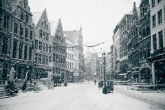 Antwerp på vintersnowstormen Royaltyfri Bild