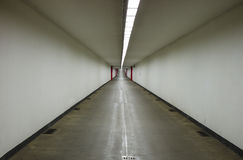 ANTWERPEN, BELGIË, 11 SEPTEMBER, 2016: Het cirkelen van Kennedy-tunnel in Antwerpen stock afbeeldingen