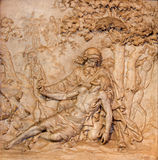 Antwerpen - Marmorentlastung der barmherzigen Samariterszene in Kirche St. Charles Borromeo Stockbild