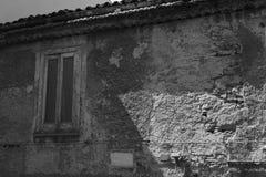 Antyczna ściana z okno zdjęcie royalty free