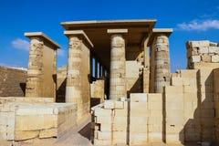 Antyczna świątynia blisko ostrosłupa Djoser Egipt Zdjęcie Royalty Free