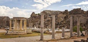 Antyczna architektura w Bocznym Turcja Zdjęcia Royalty Free