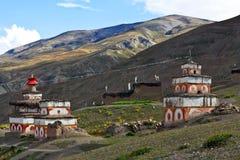 Antyczna bon stupa w Saldang wiosce, Nepal Zdjęcia Royalty Free