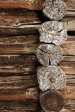 Antyczna drewniana ściana - bele zamykają up Zdjęcia Stock