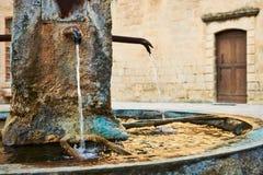 Antyczna fontanna w Provence Zdjęcia Royalty Free