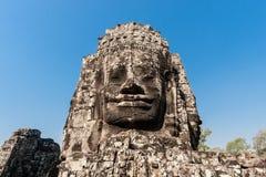 Antyczna kamienna uśmiechnięta twarz Prasat Bayon Wat świątynia w dżungli, Angkor wat, Kambodża Angkor Wat jest wielki Zdjęcia Stock