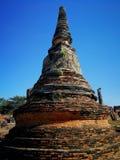 Antyczna pagoda na niebieskiego nieba tle Obrazy Royalty Free
