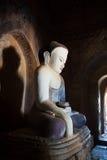 Antyczna posadzona Buddha statua w Bagan, Myanmar Zdjęcia Royalty Free
