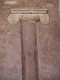 Antyczna Romańska Szpaltowa budowa w ścianę, Rzym, Włochy Obraz Stock