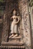 Antyczna rytownictwo kamienia postać Angkor Wat zdjęcia stock