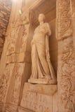 Antyczna rzeźba w ruinach ephesus w indyku Promień światło Obrazy Royalty Free