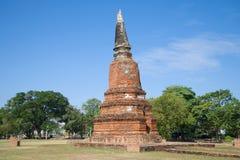 Antyczna stupa Buddyjska świątynia Wat Langkhakhao na pogodnym popołudniu ayutthaya Thailand Zdjęcie Stock