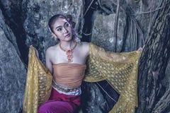 Antyczna Tajlandzka kobieta W Tradycyjnym kostiumu Tajlandia Obrazy Stock