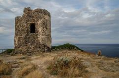 Antyczna wieży obserwacyjnej ruina, Sardinia, Włochy Obraz Stock