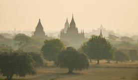 Antyczne świątynie przy wschodem słońca w Bagan, Myanmar Obrazy Royalty Free