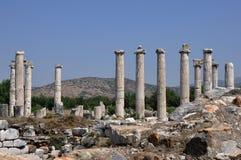 Antyczne kolumny Afrodisias, Aphrodisias Antyczny miasto,/, Turcja Zdjęcie Stock
