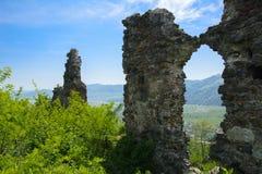 Antyczne ruiny kasztel miasteczko Khust & x28; Dracula kasztel zdjęcie royalty free