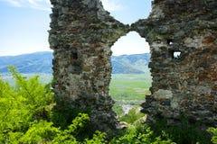 Antyczne ruiny kasztel miasteczko Khust & x28; Dracula kasztel fotografia royalty free