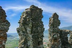 Antyczne ruiny kasztel miasteczko Khust & x28; Dracula kasztel obrazy stock
