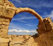 Antyczne ruiny zbliżają poruszającego charakter Zdjęcia Royalty Free