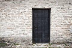 antycznego czerń kasztelu drzwiowa metalu ściana Zdjęcia Stock