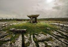 Antycznego grobowa stojaki na wzgórze obrazy royalty free