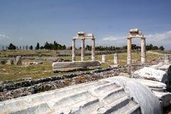 antycznego grzebalnego miasta gipsowi hierapolis zawrzeć pamukkale rzymskiego indyka krypty biel Obrazy Stock