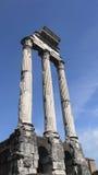 Antycznej cywilizaci świątynny filar w Rzym Włochy Zdjęcia Royalty Free