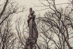 Antyczni cmentarniani nagrobków zabytki anioła mistycyzmu tajemnicy ducha duchy przynoszą śmierć zdjęcie stock